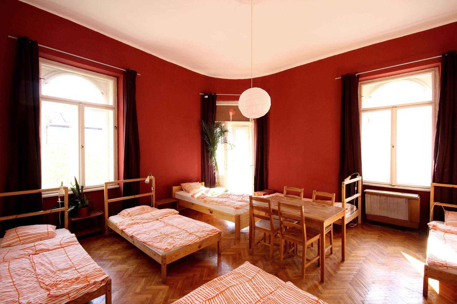erkélyes szoba/ room with balcony