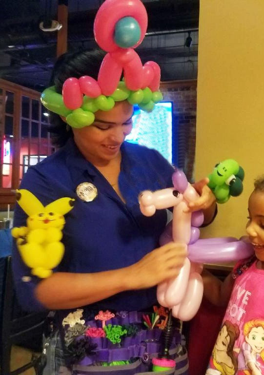 Balloon Twisting for Parties/Events