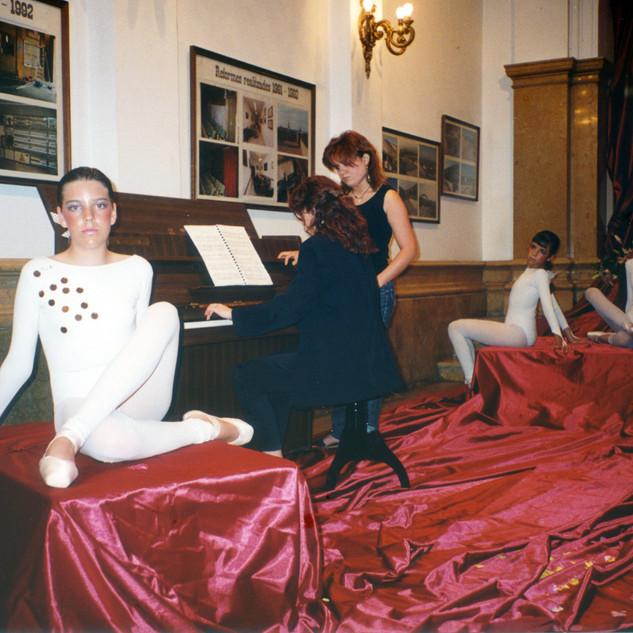 Escola de Dansa 1995.jpeg