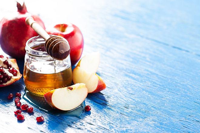 apple and honey.jpg