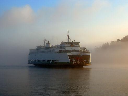 DSC_1995-ferry-fog.jpg