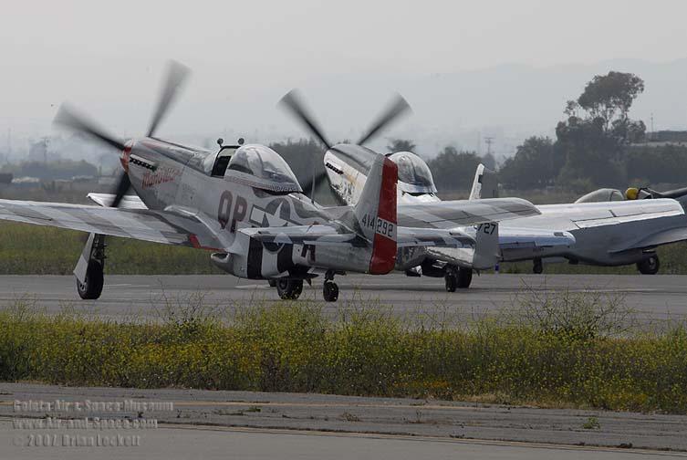 _BEL1785+P-51D+NL44727+Man+O+War+P-51D+N514DK+Stewart+S51D+N51VS+left+rear+taxii