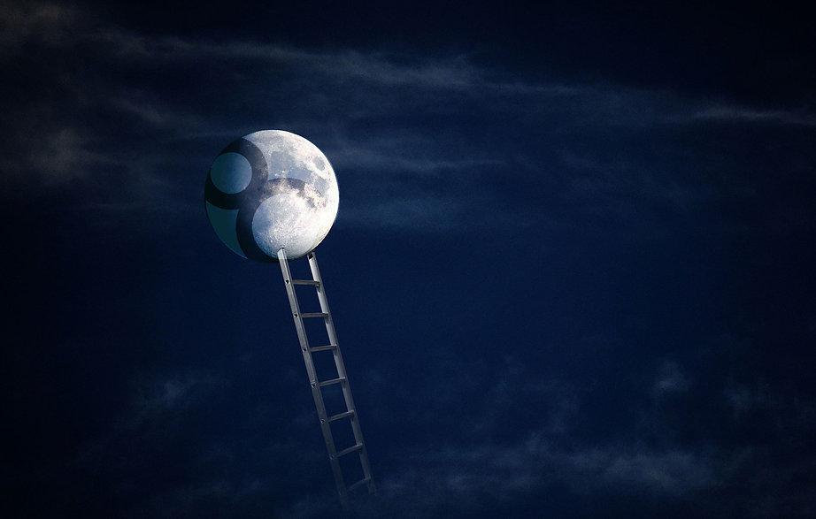 moon-5254351_1280.jpg