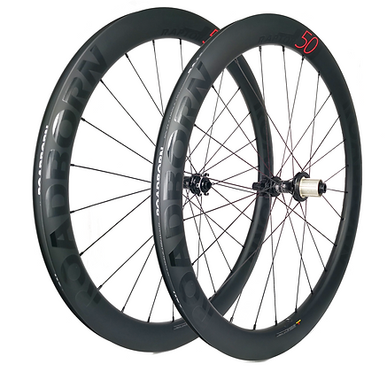 roadborn, roue carbone artisanale, roue frein disque, roue carbone cyclo cross, roue boyaux, roue dt swiss, roue vélo carbone