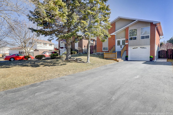 JUST LISTED: 1109 St Andrews crt, Oshawa