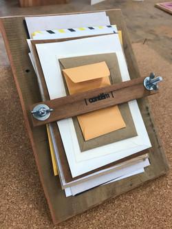 contém/contem (envelopes)