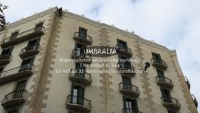 > Instal·lació de proteccions cautelars a façana principal