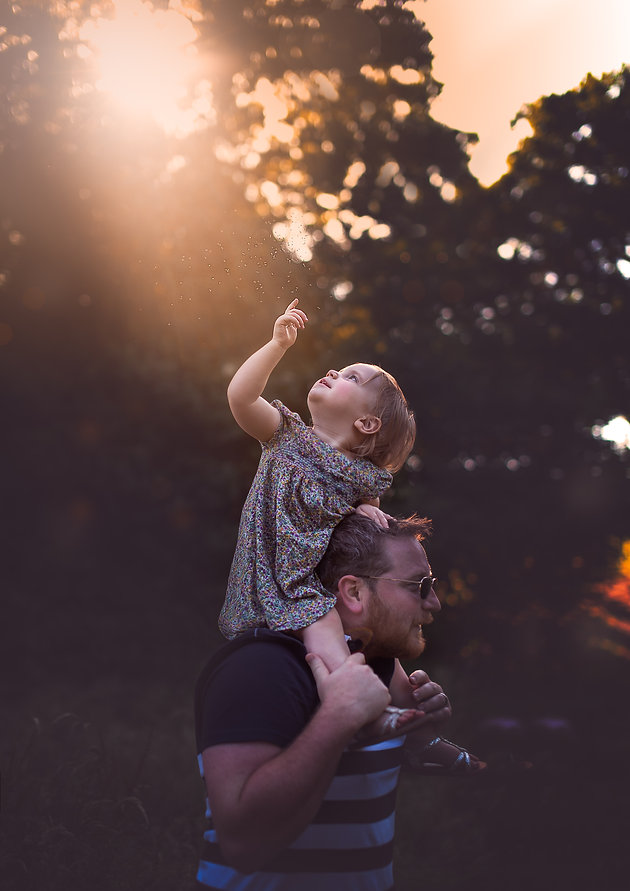 Fine art family session at Bodium Castle, Sussex   Family