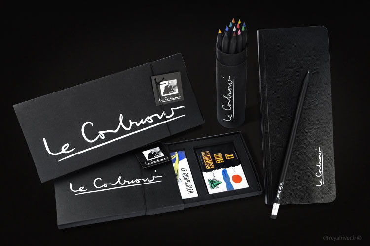 kit voyage carnet stylo le corbusier Roy
