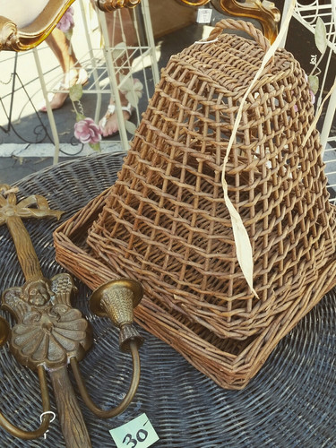 Vintage gorgeousness for your home and yard.