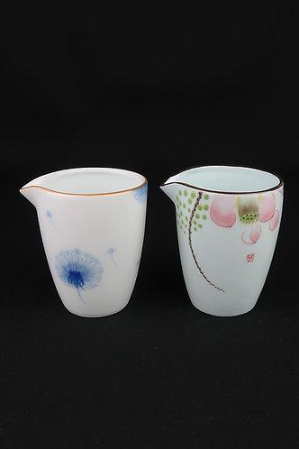 Hand-Painted Sharing Pot (Cha Hai/Gong Dao Bei)
