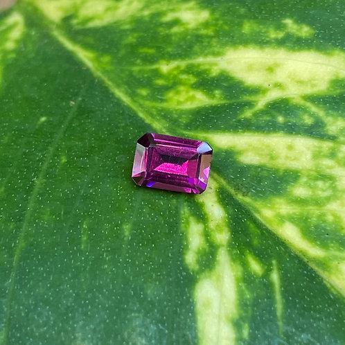 Rhodolite Garnet 0.80Ct