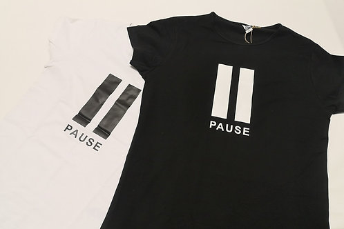 Pause - Woman