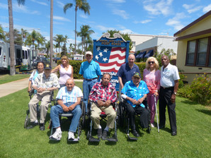 Supporting Senior Loved Ones During Their Memorial Day Remembrances