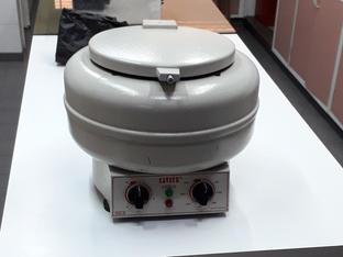 Centrifuga de mesa CAVOUR VT-3216