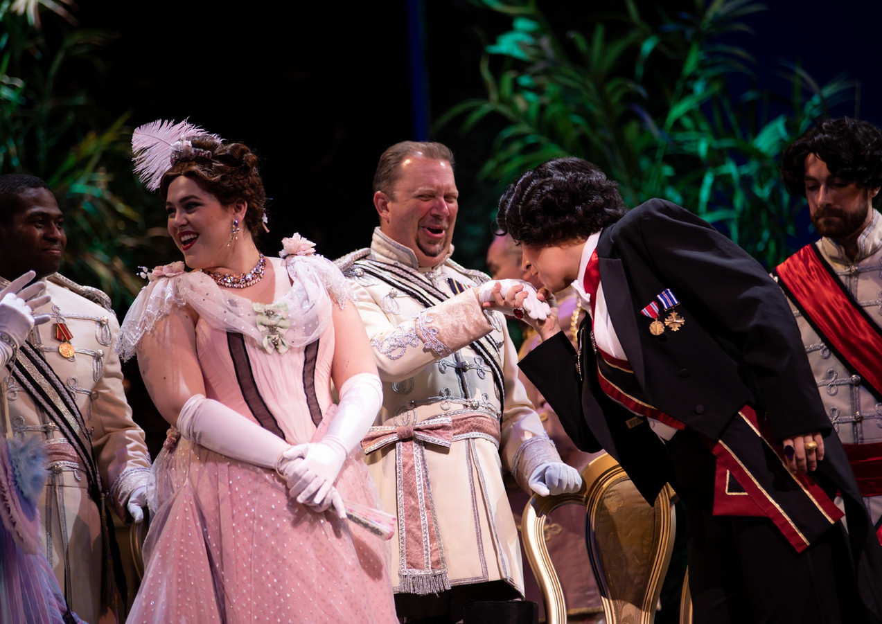 Die Fledermaus at Palm Beach Opera