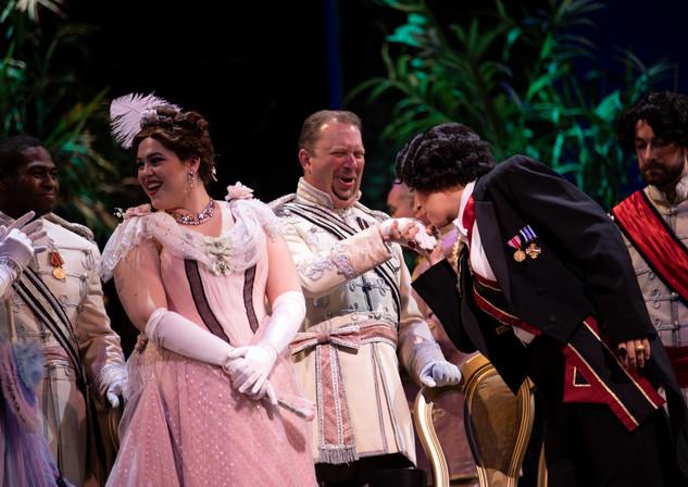 Die Fledermaus at Palm Beach Opera