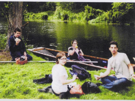 Social Group Goes for a Punt in University Town