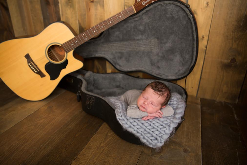Levi newborn45.jpg