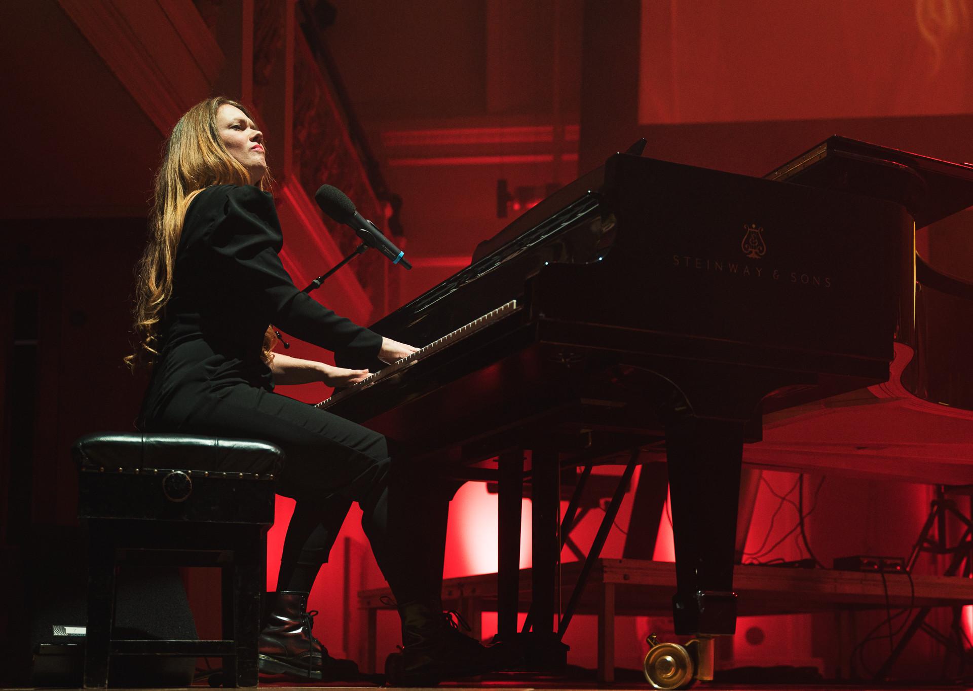 105_Drake_Yolanda_Winter_Concert_220220.