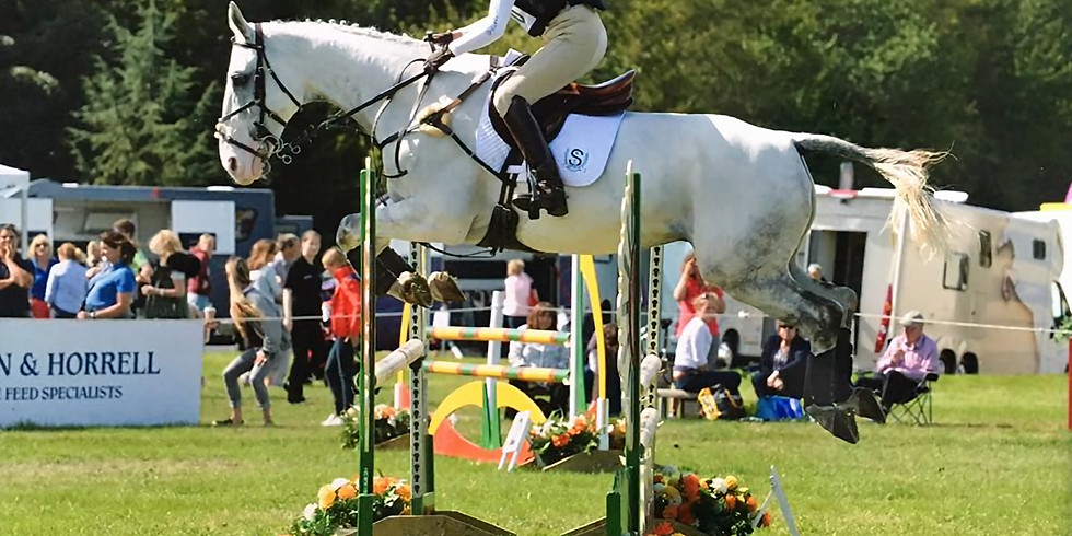 Showjumping on grass