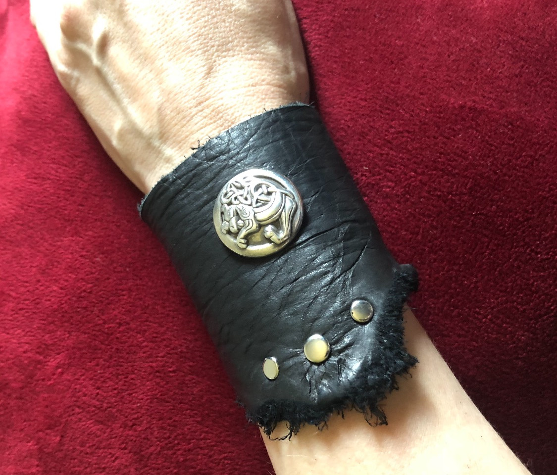 DRAGON CUFF - BLACK LEATHER WITH DRAGON CONCHO