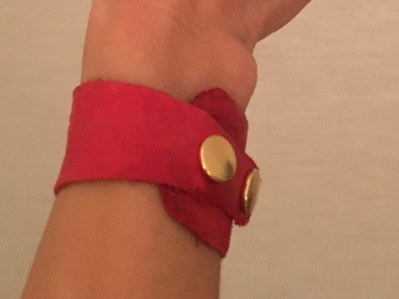 RED LEATHER WITH GOLD HARDWARE FOR HILLS