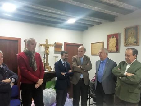 La Cofradía de Piedad recibe la visita de la permanente en una nueva visita institucional.