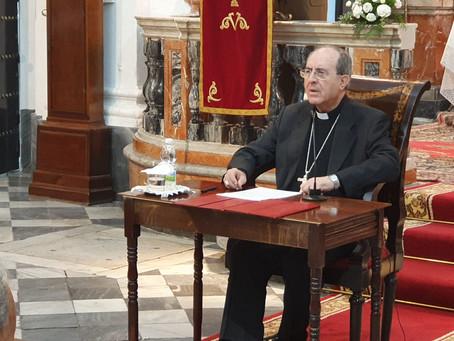 El arzobispo Juan José Asenjo inaugura el curso cofrade