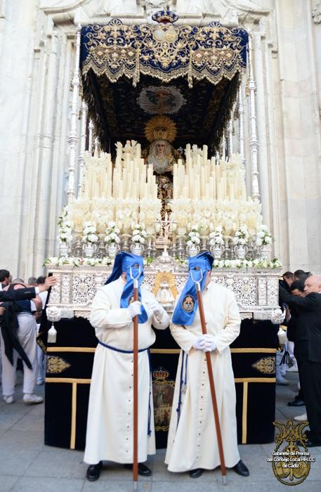 María_Santísima_de_Las_Penas_-_paso