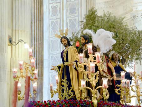 Entrega del nombramiento al Prendimiento como imagen que presidirá el Vía Crucis Penitencial en 2018