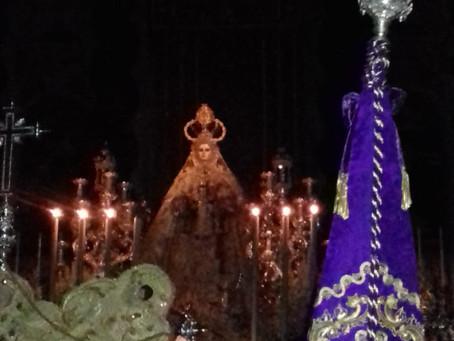 La Permanente del Consejo de Hermandades y Cofradías realiza la tradicional ofrenda a la Patrona y e