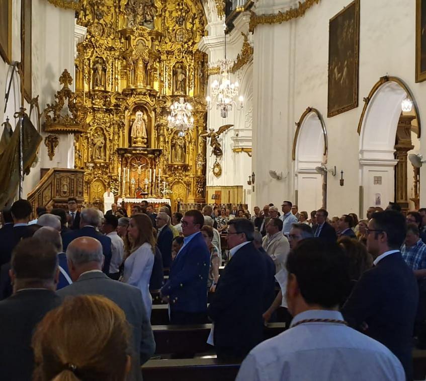 Adoración 2019-06-20 at 21.46.03
