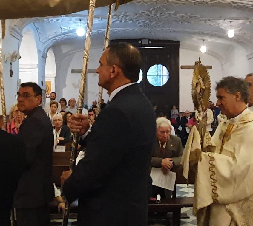 Adoración 2019-06-20 at 21.46.05