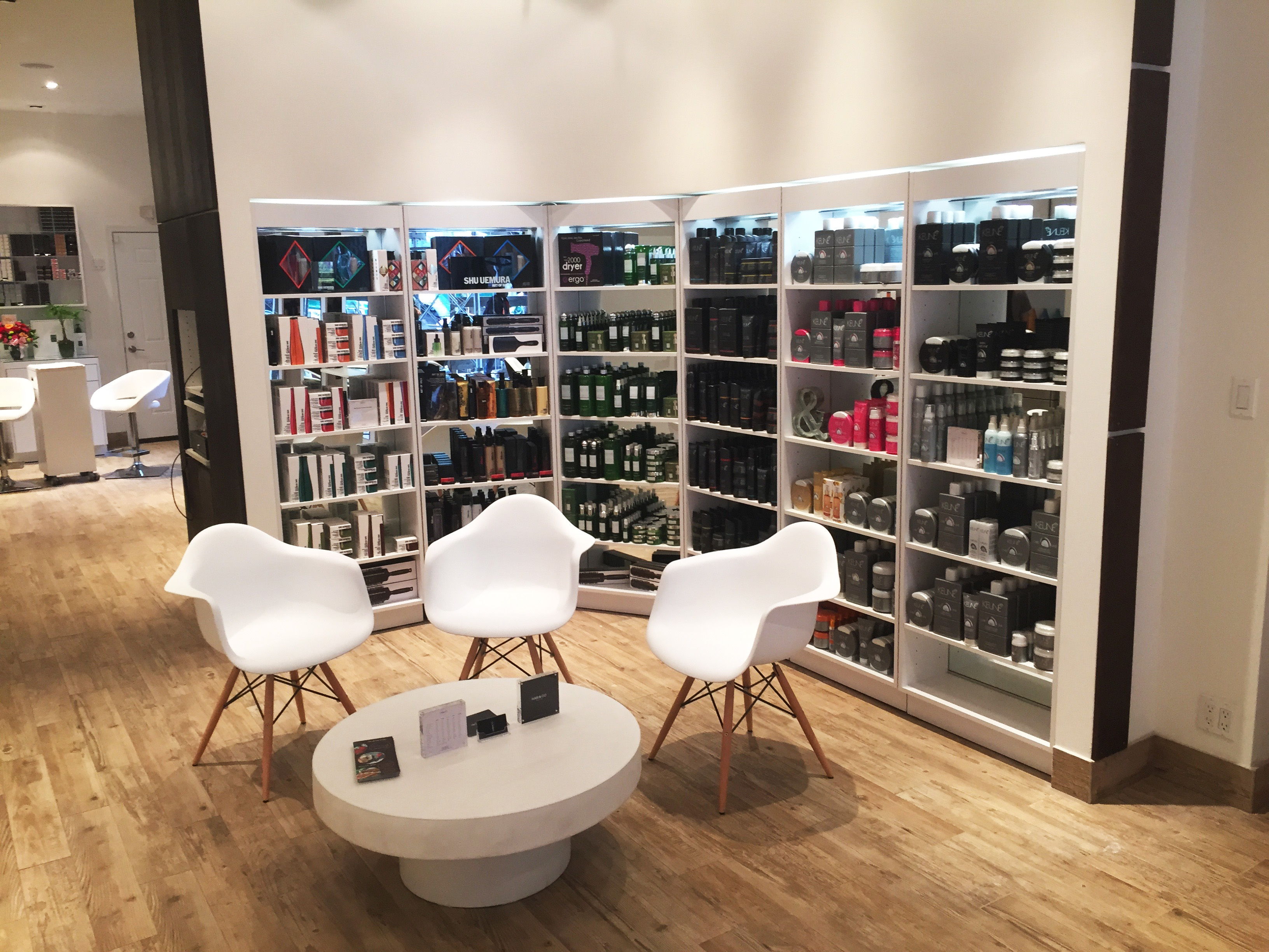 Hair & Co, Reception Retail