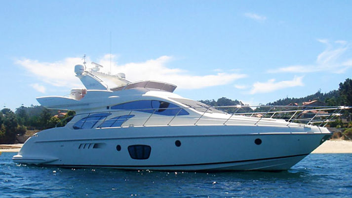 AZIMUT 55 2010