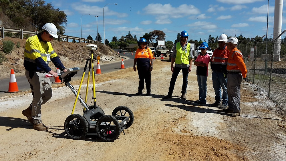 Stuart Buckett (engineering surveyor from WKC Spatial), works with Applied Archaeology and the Traditional Owners on a GPR survey across the project area on the 19th of February, 2016.