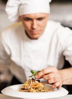 Funkcje zapasek kelnerskich w profesjonalnej gastronomii