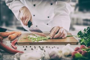 Jaka odzież do pracy w gastronomii?