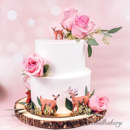 Beautful Custom Wedding Cake from Wild O