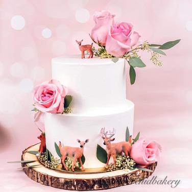 Beautful Custom Wedding Cake from Wild O