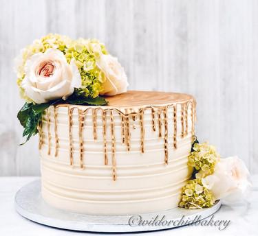 Engagment Gold Drip Cake