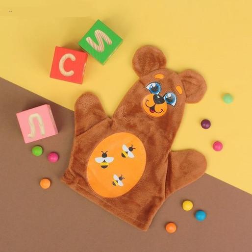 Чем полезна игрушка на руку для ребенка?