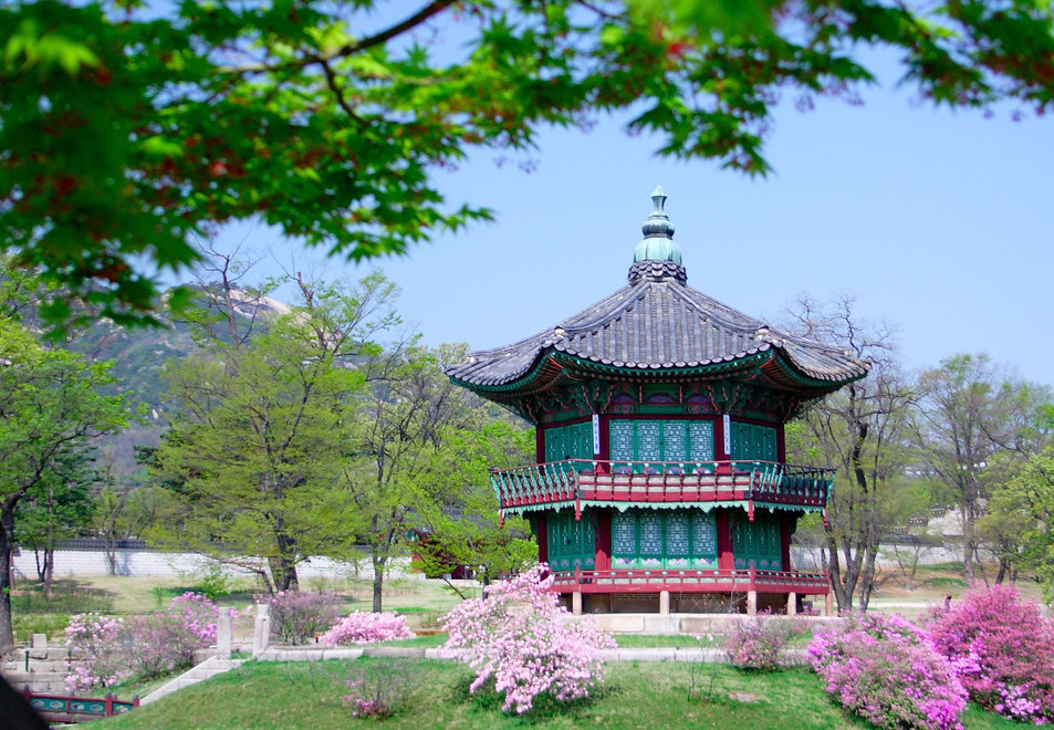 Kyoungbok-Palace-in-Seoul-South-Korea.jpg