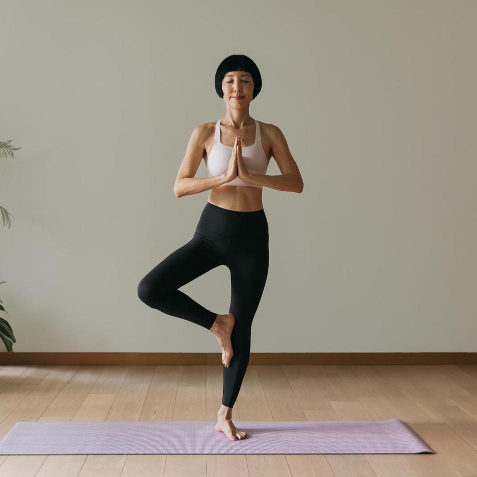 nike yoga.jpg