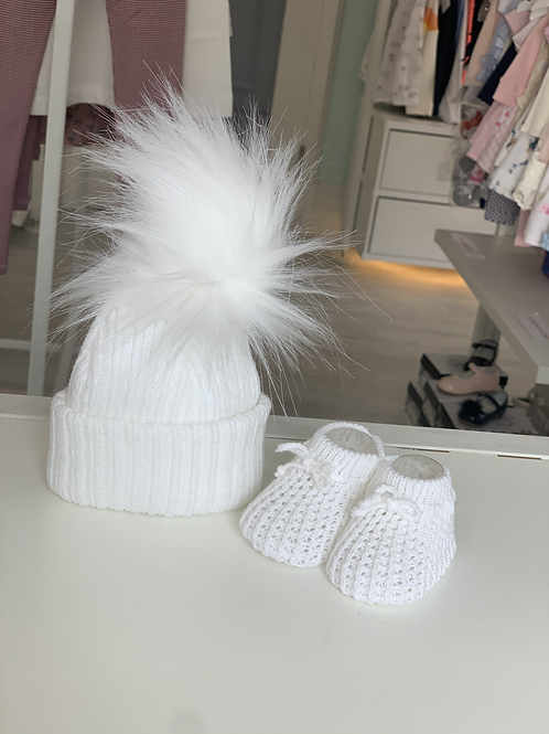 White Tie Knitted Booties