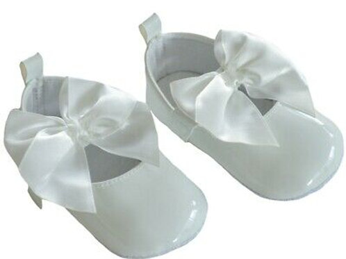 Soft Touch Baby Girls White Pram Shoes
