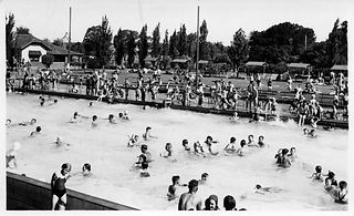 2011_002_5_Olympic-Swimming-Pool-Dubbo.j