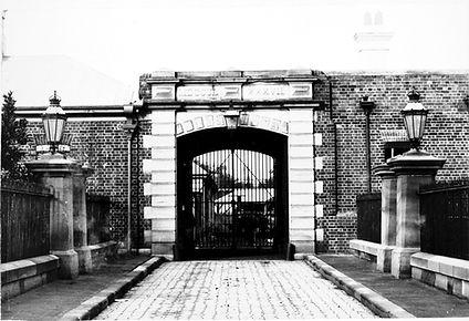 Macquarie-Street-Entrance,-circa-1890s.jpg