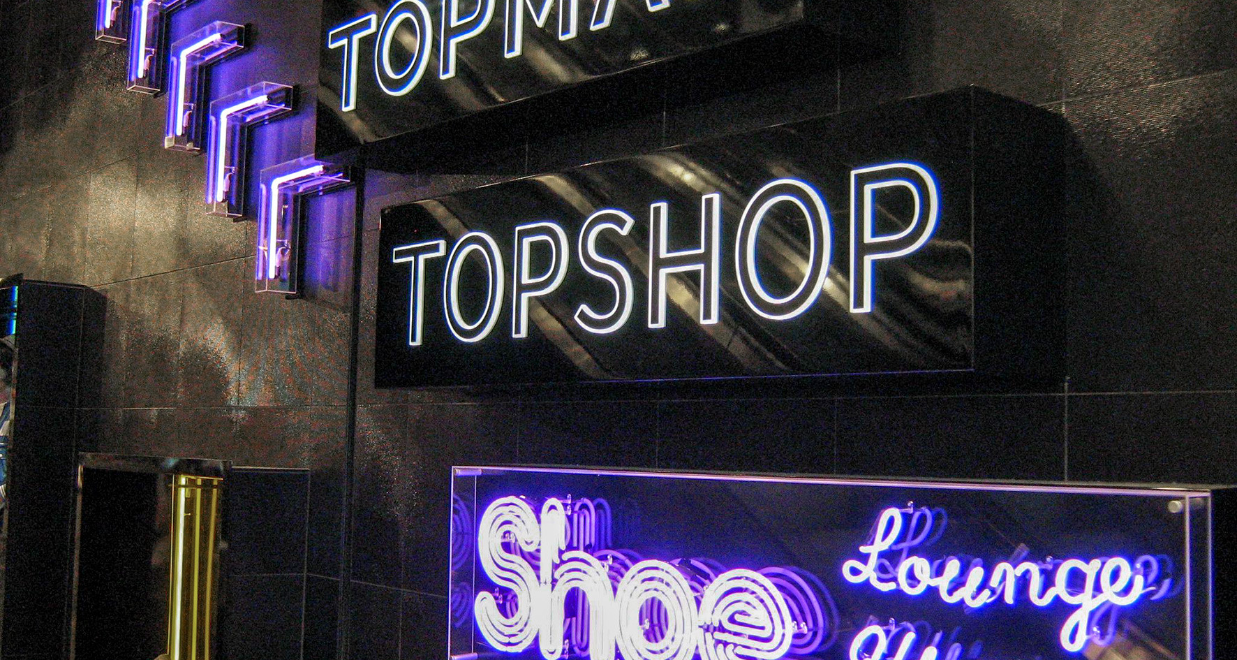 Nis Signs Neon Topshop Sign Illuminated.